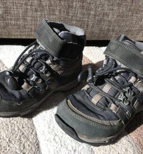Ботинки Ecco р 28