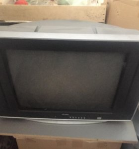 Продам телевизор Izumi 52см