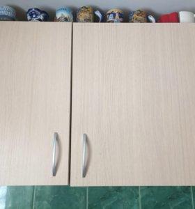 Кухонные навесные шкафы.