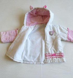 Курточка на девочку 2-3 лет
