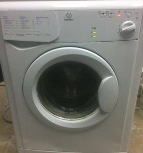 Стиральная машина Indesit 3,5 кг