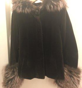 Куртка из меха норки.