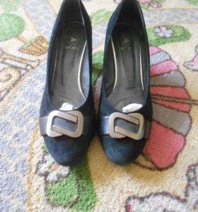 Замшевые туфельки