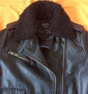 Куртка новая insity