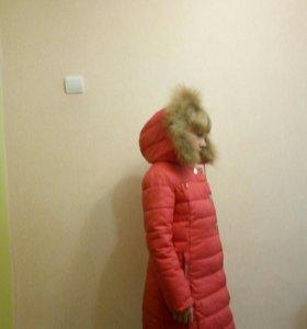 Пуховик(тинсулейт)осень-зима на девочку 8-10 лет