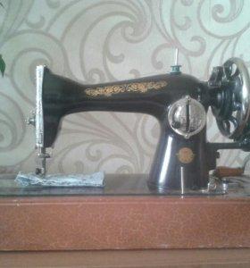 Швейная машинка 1960г