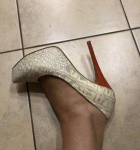Шикарные туфли Баскони, одеты 1 раз
