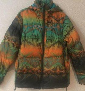 Фирменная зимняя куртка Nike