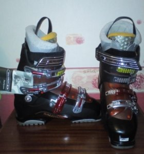 Горнолыжные новые ботинки