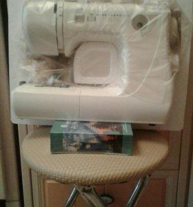 Бытовая швейная машина
