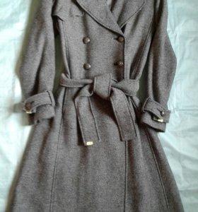 La Reine Blanche шерстяное пальто, р.46