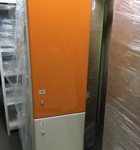 Шкафчики в раздевалку цветные