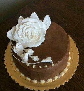 Торт праздничный на заказ