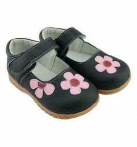Туфли кожаные новые на широкую ножку SandQ Baby