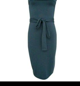 Платье эластичное новое