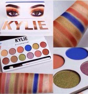 ТЕНИ Kylie