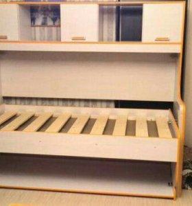 Стол-кровать Джуниор новая