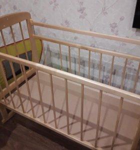 Кроватка детская +матрас +бортики