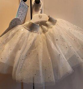 Новая юбка, ободок с бабочками и волшебная палочка