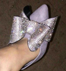 Туфли пот лабутены
