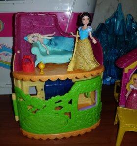 Принцессы дома и замки