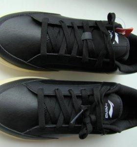 Новые кроссовки Li-ning