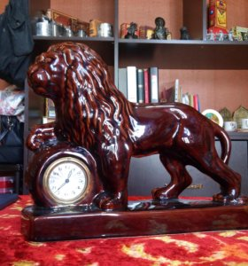 """ФАЯНСОВЫЕ Часы """"Шагающий лев"""" старая германия"""
