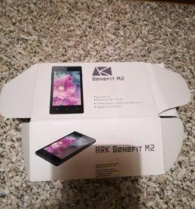 Телефон Ark Benefit M2