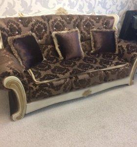 Мягкая мебель диван Lux
