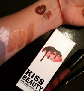 Блеск + карандаш для губ 💗от Kiss Beauty
