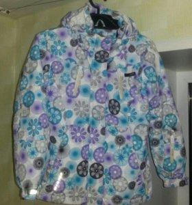 """Демисезонная куртка на девочку """"RESERVED kids"""""""