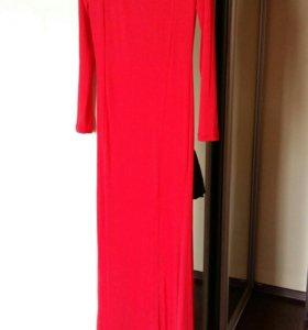 Платье в пол облигающее