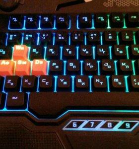 Игровая клавиатура bloody B314 новая в коробке(8)
