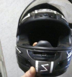 Шлем(XL- 62см), разбито стекло.