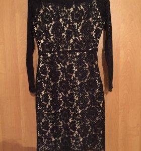 Платье нарядное гипюр размер s