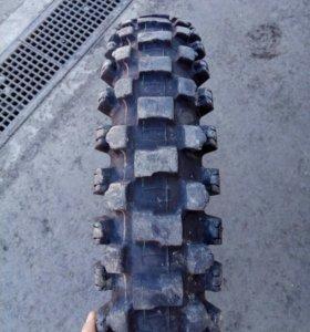 Dunlop52 кроссовая на 19