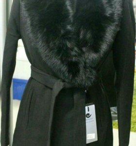 Новое зимнее пальто с натуральным мехом 3цвета