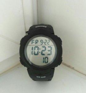 Часы Skmei водонепроницаемые