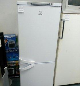 Холодильник Indesit SB 150-2 б/у