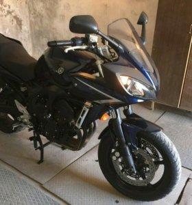 Продается мотоцикл Yamaha Fazer fz6