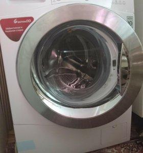 Продаю стиральную машинку LG.