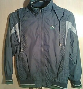 Ветровка(куртка)