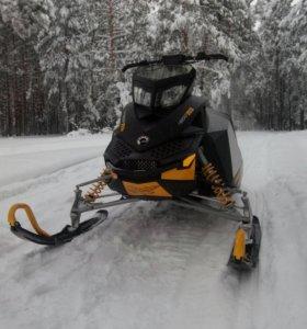 Снегоход BRP SKI-DOO MXZ X 600RS