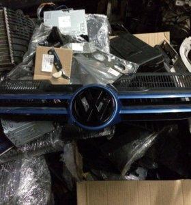 Решетка радиатора vw golf 5