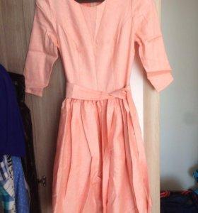 Персиковое платье (новое)