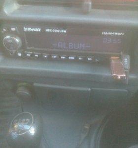 Магнитофон Swat