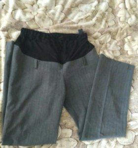Штаны для беременных и новые трусы и бюст
