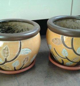 2 керамических горшка и кашпо