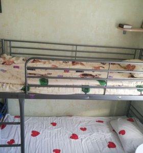 Продаю даухярусную кровать