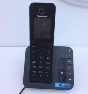 Телефон Panasonic KX-TGH220RUB (черный)